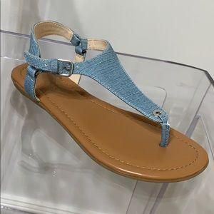 NINE WEST | 6 | NWOT denim blue thong sandals